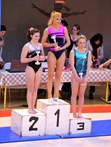 2013: Evna BUCZKOWSKI remporte les coupes de Paris en catégorie Excellence – Aînées